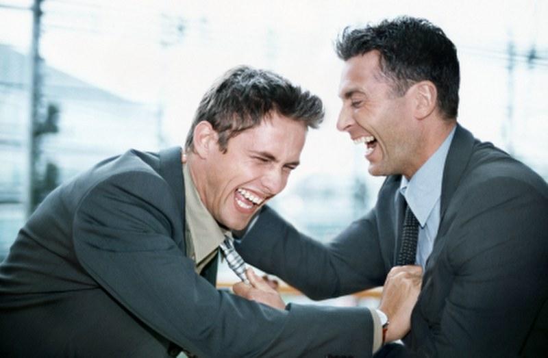 اضحك مع الرجال