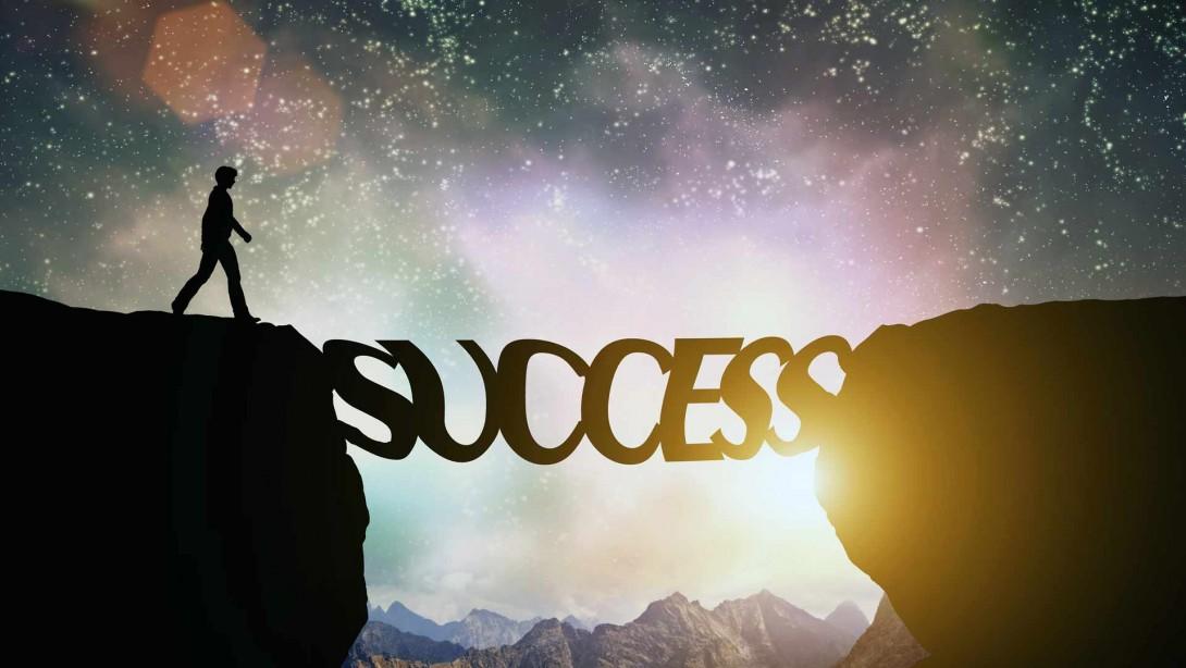 كيف اتمتع بالنجاح الدائم