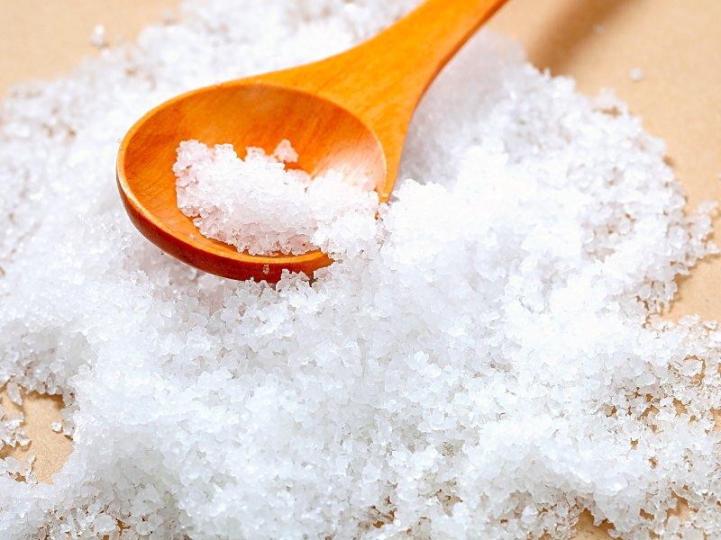 فوائد الملح فى تنظيف السجاد