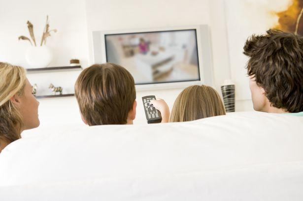 فوائد مشاهدة التلفاز