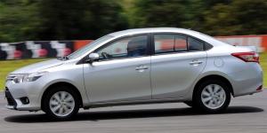 مميزات وعيوب وسعر تويوتا ياريس Toyota yaris
