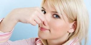 وصفة للتخلص من رائحة العرق تحت الابط