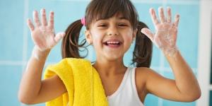نصائح مهمة لتعليم أطفالك أسس النظافة العامة