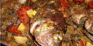طريقة عمل صينية السمك البلطى فى الفرن