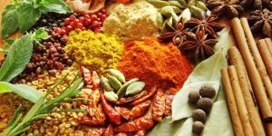 الفوائد الصحية للأعشاب والتوابل المختلفة