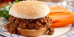 طريقة عمل ساندوتش اللحم المفروم