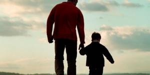 ايهما اقوى الاب ام الابن