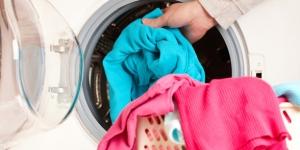 اهمية غسل الملابس الجديدة قبل ارتداءها