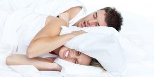 كيفية التخلص من شخير الازواج المزعج