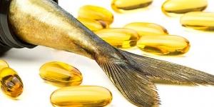 فوائد زيت السمك للتخلص من القشرة والشعر الابيض