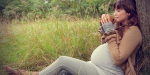 فوائد الكركديه للمرأة الحامل