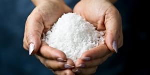 كيفية تنظيف الانف باستخدام الملح
