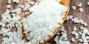 كيفية تطهير المعدة باستخدام الملح